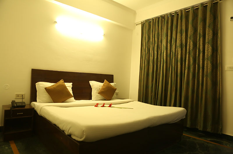Book Deluxe Room at Hotel Kamla Palace, Dehradun